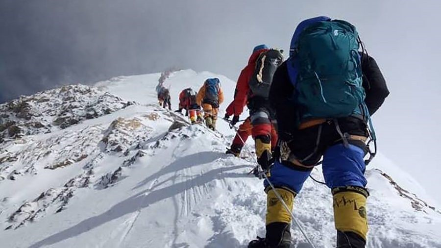 Mount Everest takes life of another climber