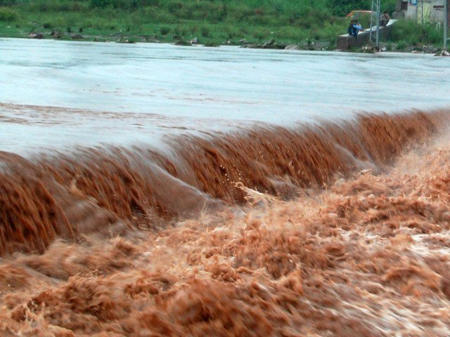 Heavy rains in Neelum valley, 22 persons missing