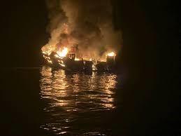 California boat fire, ten dead in the incident