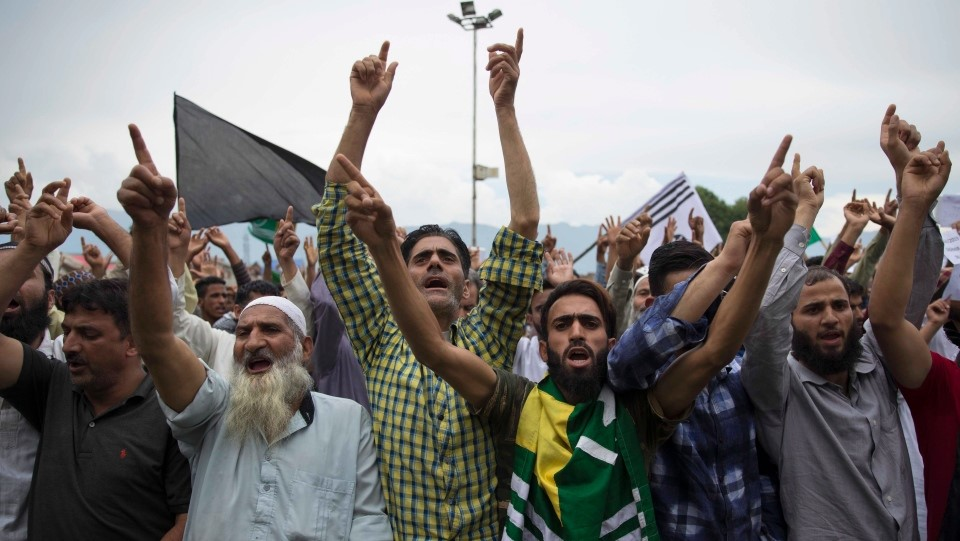 Protestors carry Pro-Pak Army rally in Srinagar